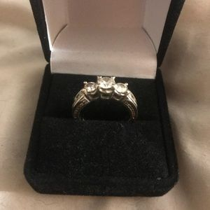 Jewelry - White Gold Diamond Engagement Ring (VS F Color)